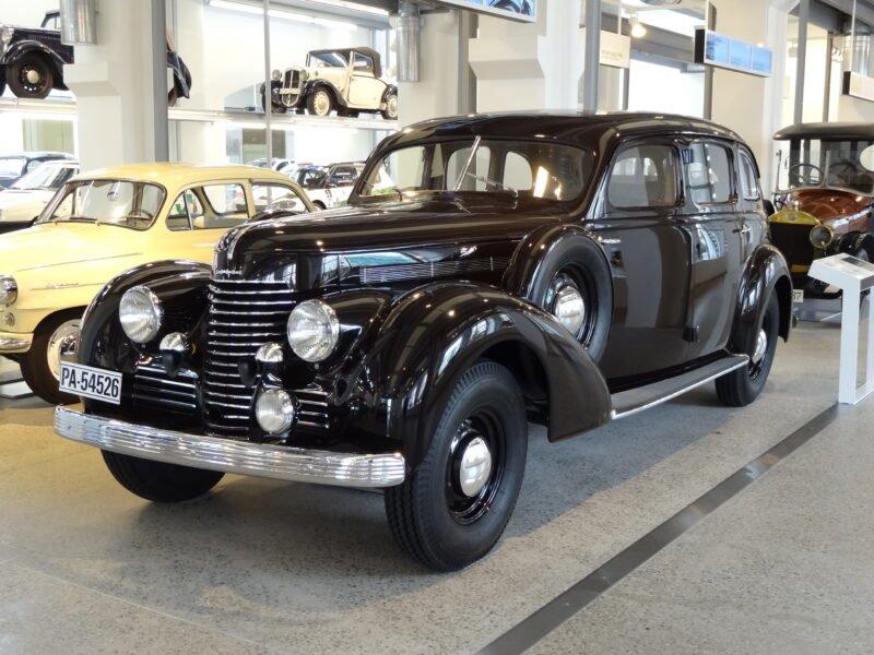 Škoda Superb (1934—1949)