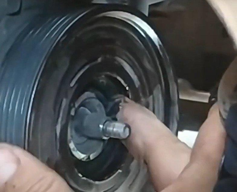 смазка шкива кондиционера