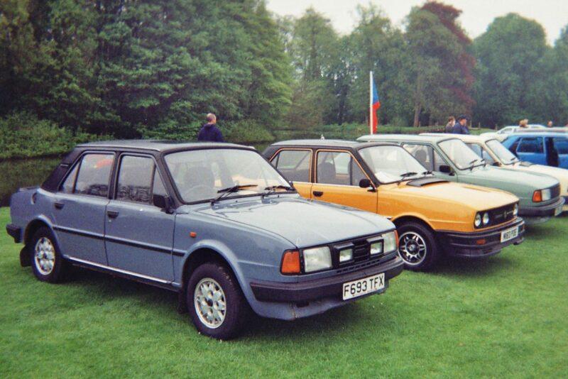 Модели семейства 105/120/125 (1976–1990)